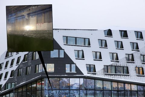 FYLLES OPP: Mandag startet arbeidet med å fylle opp akvariet på Kystens hus i Tromsø. Etter planen skal fisken være på plass i tanken innen slutten av februar.