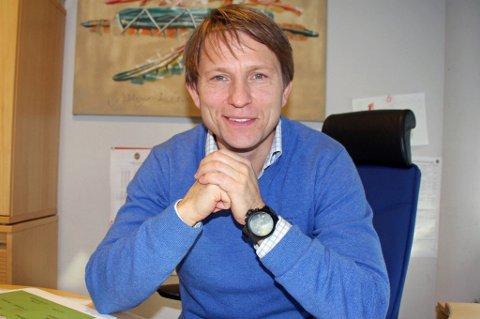 ENDELIG: Steinar Nilsen har holdt seg unna Facebook i alle år. Til nå...