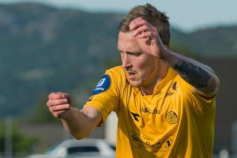 Thomas Båtnes Braaten fristilles fra kontrakten med Hønefoss.