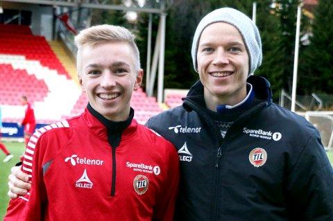 Henrik Johnsgård (t.v.) har offisielt signert for Tromsø IL. Snart får storebror Christer (t.h.) svaret på om han tilbys kontrakt med A-laget.