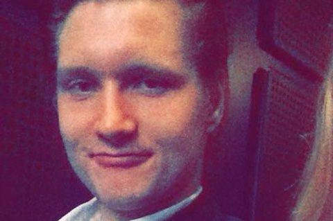 Etter en nevrologisk undersøkelse fikk Vebjørn Grunnvoll påvist overtrening. 22-åringen forteller om at han kollapset formmessig i fjor høst, slet med å sove og spilte kamper for Finnsnes med symptomene. Nå håper han at bedringen er på vei.