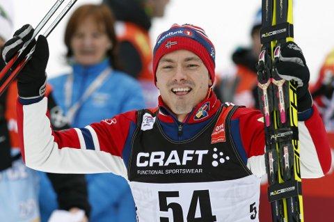 Finn-Hågen Krogh gikk søndag Norge inn til stafettseier i verdenscupen i Tsjekkia.