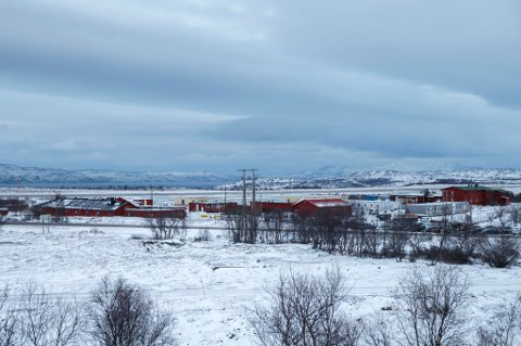 FØRSTE STOPPESTED: Hit, til ankomstsenteret  for flyktninger i Kirkenes sendes flyktninger, som passerer den norsk-russiske grensen på Storskog, før de sendes videre til mottak andre steder i landet.