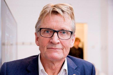 SLIPPER NEPPE: Lege Mads Gilbert endte som første vara til kommunestyret i Tromsø etter valget. Han sto på sisteplass for Rødt og har forsøkt å søke fritak fra vervet, foreløpig uten hell.