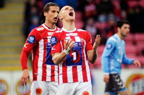Zdenek Ondrasek og Aleksandar Prijovic i et av øyeblikkene der de var samtidig på banen for TIL. Nå kan de igjen havne i samme klubb, Legia Warszawa. Flere medier i Polen hevder imidlertid at det er Wisla Krakow som er i ferd med å sikre seg Ondrasek.
