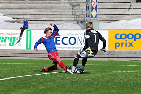 Tor-Martin Mienna scoret to ganger mot Harstad.