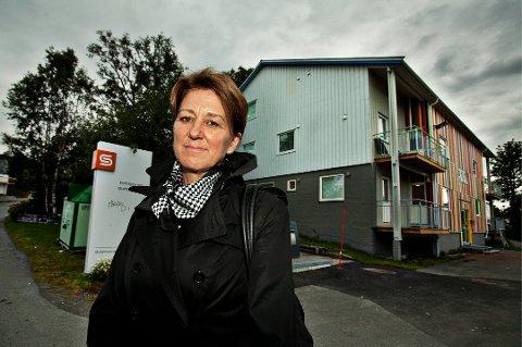 VIL KUTTE: Wenche Jakobsen, prorektor ved Universitetet i Tromsø, har ledet arbeidet med å se hvilke studietilbud som kan kuttes ved universitetet.