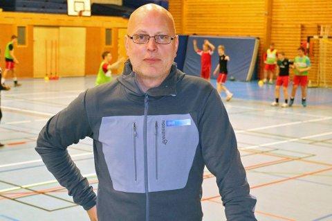 DELER UT PRIS: Daglig leder i Tromsø Idrettsråd, Alf-Kondrad Wilhelmsen, vil ha forslag til hvem som fortjener årets idrettspris i Tromsø Kommune.