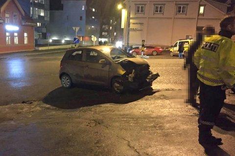 KRASJ: To biler har kollidert i Kongsbakken. Sammenstøtet skjedde like før klokken halv syv onsdag kveld.