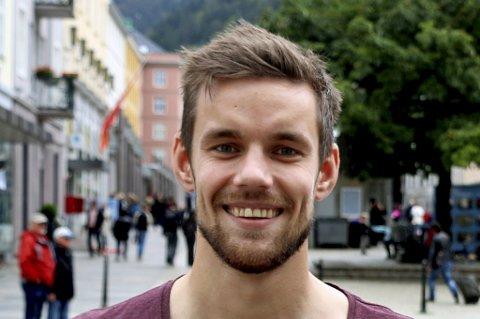 TRIVES I BERGEN - MEN IKKE PÅ BANEN: Remi Johansen er innstilt på et nytt år i Bergen og Brann, selv om debutsesongen i 2016 bare ga han sjansen til å starte tre av 30 seriekamper for sølvvinnerne.
