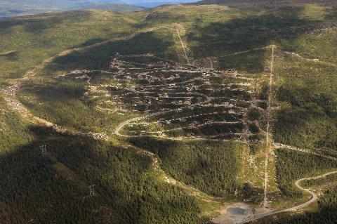 RØDE TALL: Målselv fjellandsby hadde et tøft år i fjor. Nå tas det grep om drifta.