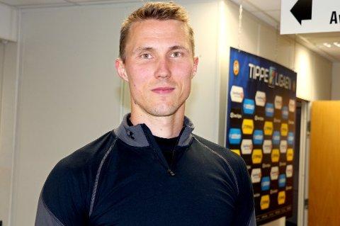 Finnsnes-trener Bjørn Johansen bekrefter at han skal ha samtaler med Kongsvinger-keeper Otto Fredrikson.
