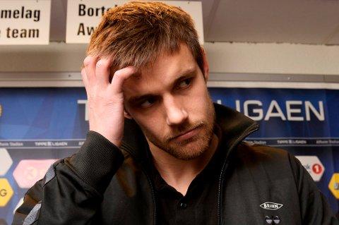 Remi Johansen startet bare tre kamper for Brann i år, og avisene i Bergen har skrevet at 26-åringen kan være på vei ut etter bare én sesong. Selv forholder han seg til at han har kontrakt i ett år til.