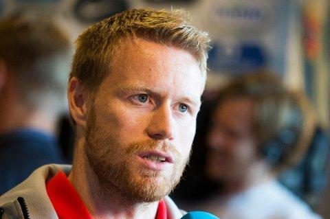 TIL-MØTE: Tom Høgli reiser til Tromsø neste uke for å diskutere sin fotballfremtid.