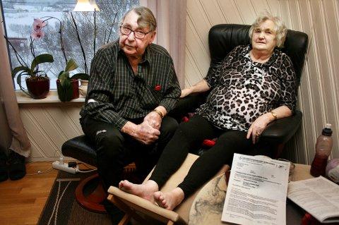 DROSJENEKT: Roald og Kenny Myrlund bebreider Pasientreiser for at sykehustimen på UNN gikk i vasken.