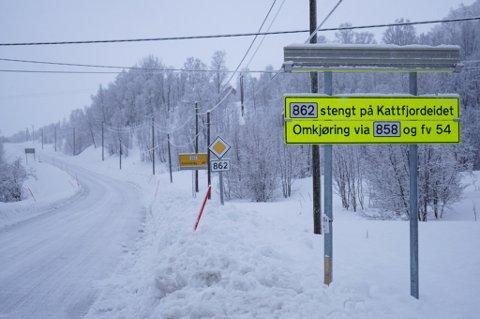 ÅPNER I MORGEN? I beste fall åpner veien over Kattfjordeidet torsdag ettermiddag. Foto: Ole Åsheim
