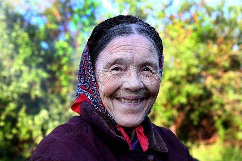 RESPEKTERT: Kaisa Beddari (85) var godt likt i hele bygda, og ingen skjønner at noen kan ha villet henne noe vondt. Foto: Yngve Beddari