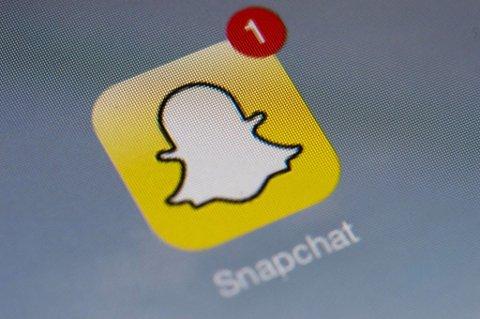 NY OPPDATERING: Snapchat har fått en ny funksjon, der den blå-grønne flekken til høyre på kartet markerer offentlige My Storyer. Har du husket å skru på private innstillinger? Arkivfoto