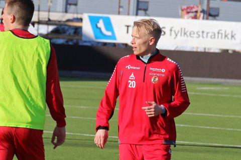 TIL-spissen Christer Johnsgård er ferdig som Barne-TV-programleder i NRK. Nå handler alt om å spille seg til en plass på TIL-laget.