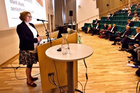Forsker Marit Aure under en konferanse i Tromsø.