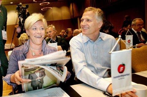 Siv Jensen og Øyvind Korsberg på en konferanse i Tromsø i 2009.