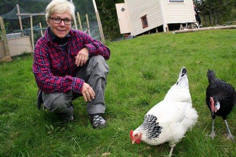Ann-Eva Isaksen, leder i NJFF i Troms, er meget fornøyd med at det er så mange jenter blant de nye jegerne.