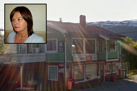 Heidi Isaksen, innhaver av Isaksen kiosk, solgte vinnerkupongen. Hun unner vinneren pengene. Foto:  Privat/Google Street View