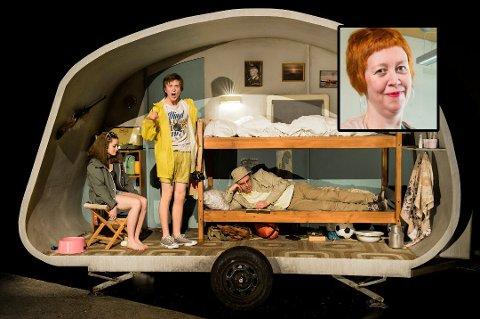 RØRT: Hun er kanskje ekstra lettrørt akkurat nå, men Nina Wester var teatersjef da vinnerstykket ble satt opp på HT. Søndag vant «Den sommeren pappa ble homo» prisen for beste barne/ungdomsstykke.