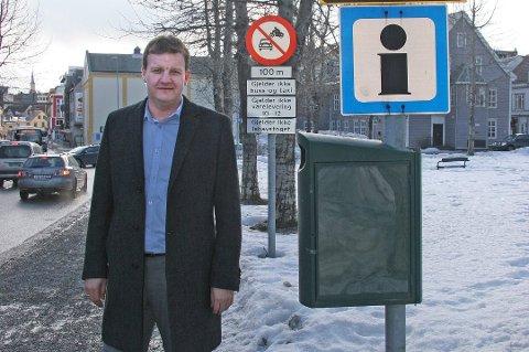 AVSLAG: Øyvind Hilmarsen vil vite hva bompengene kan komme til å koste hver bilist. Nå har han bedt om innsyn i beregningene av en samlet bompengesum på 400 millioner kroner i året. Kravet er avslått.