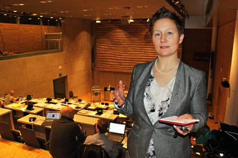 OMORGANISERER: Kristin Røymo varsler ny organisering i kommunen for å nå kuttkrav på 200 millioner kroner.