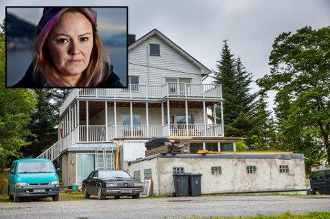 NABOKRANGEL: Trine Lise Olsen mener uteboden med terasse på toppen vil føre til full innsikt i leiligheten hennes i midterste etasje.