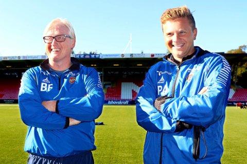 Lars Petter Andressen (t.h.) har nå like lang kontrakt som hovedtrener Bård Flovik, ut 2018-sesongen.