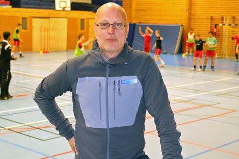 Alf-Kondrad Wilhelmsen i Tromsø Idrettsråd forstår frustrasjonen til Tromsø Håndballklubb, og sier at de bare kan tilfredsstille halvparten av de ønskene de mottar om treningstider.