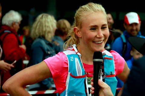 Arja Arnesen (19) fra Tromsø vant Tromsdalstinden Skyrace lørdag, på en meget sterk tid. 19-åringen tror inntil videre at hun holder seg til hobbyløping i fjellene.