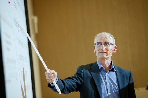 OSLO  20160915. Torbjørn Eika presenterer utsiktene for norsk økonomi fram mot 2019.  Foto: Cornelius Poppe / NTB scanpix