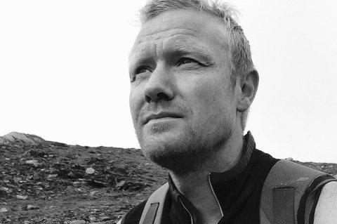 Rypejeger Egil Vaeng i Salangen oppdaget flere pussige fjellnavn. (Foto: Privat)