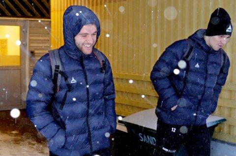 TILs nye spiss Slobodan Vuk (t.v.) forlater her sin første TIL-trening sammen med keeper Filip Loncaric. Vuk gjorde et godt inntrykk på den første økta i Skarphallen.