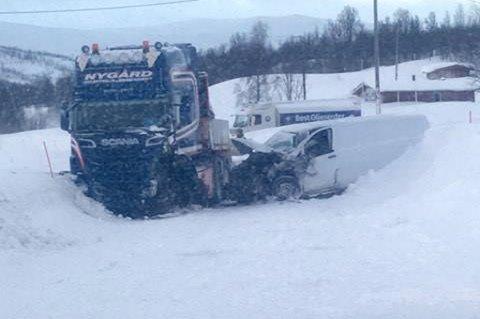 Saken om de dårlige forholdene på E6 over Heia i Balsfjord var en av de mest leste på nordlys.no i første kvartal 2017. Én person ble sendt til UNN etter en varebil og en lastebil kolliderte på strekningen 21. januar.