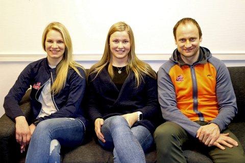 JENTESATSING: NTG Tromsøs Eline Torneus (t.v) og Sigurd Rushfeldt (t.h) trapper opp jentesatsingen, slik at Martine Fredrikke Hansen (midten) og andre skal få lik hverdag som de TIL-aktuelle guttene på skolen.
