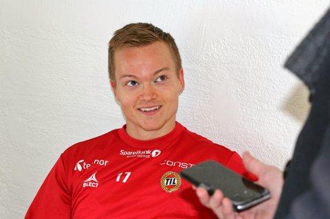 VM-MÅL: Aron Sigurdarson har et klart mål om å spille seg tilbake i den islandske VM-troppen neste år. Da må han først spille fast i TIL igjen. Det har ikke Sigurdarson gjort siden midten av august.