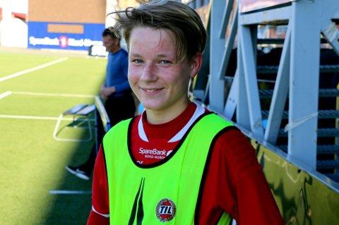 August Mikkelsen fyller 17 år senere i oktober. Onsdag fikk han for første gang sjansen til å trene med TILs A-lag. Om et par år håper han å være en del av A-troppen.