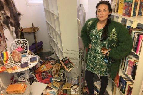BAKROMMET: Slik fant Pia Ingridsdatter bakrommet på på New-Age-butikken torsdag formiddag. Foto: Are Medby