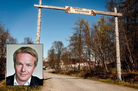 KONFLIKT: Konflikt har i lang tid preget Tromsø Ryttersportsklubb, som holder til på rideskolen ved Solneset i Hamna. Rune Kufaas (innfelt) satt som styreleder fra januar til klubben ble satt under administrasjon av Troms idrettskrets i sommer.