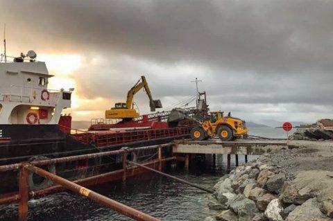 i GANG: Selskapet har allerede startet opp. I september gikk første lass fra Feiring Nord på Vannøya. Foto: Feiring Bruk