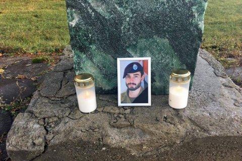 MINNES: Det var sersjant Hågen Skattum (21) fra Voss som omkom i fredagens ulykke. Foto: Privat