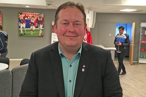 – Det har ikke blitt bygd en idrettshall i Tromsø på 33 år, sier Jarle Heitmann til Nordlys.