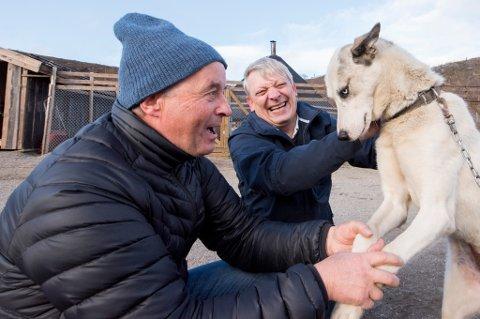 LUKSUSLEVERANDØRENE: Norske turistaktører priser seg alt for lavt, mener Kåre Tannvik og Øyvind Sollie i Radius Kirkenes. En seng i snøhotellet koster tre ganger så mye som på et hotell i byen. Lederduoen har bygd suksessen på å tilby arktisk vinter med hunder, nordlyssafari og masse snø til utenlandske millionærer.