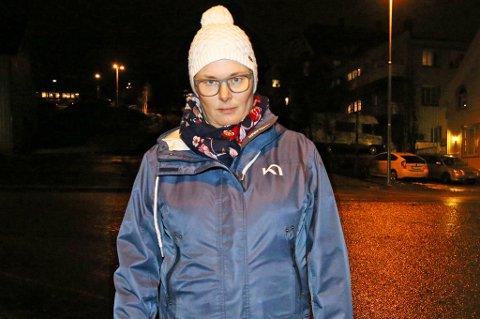 TAKKER HJELPERNE: Da Katharina Eline Haakaby falt på isen i Evjenvegen fikk hun hjernerystelse, og rakk ikke å takke hjelperne som kom til i kaoset som oppsto. Nå vil hun rette en takk til de som hjalp henne.