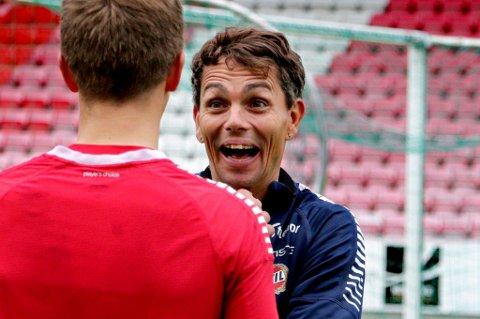 KLAR FOR PODKAST: – Var det så morsomt å være gjest der, Morten? Aiai, dette blir gøy!