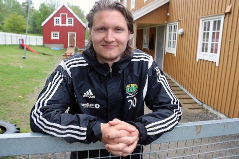 Vebjørn Grunnvolll har skrevet under en avtale med Finnsnes Il som gjelder for de to neste sesongene.